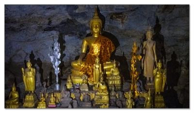 Pak Ou Höhlen bei Luang Prabang