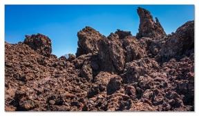 Lavalandschaft beim Teide (links im Hintergrund)